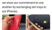 iPhone新玩法在海外盛行?交换SIM卡托来表达彼此的承诺