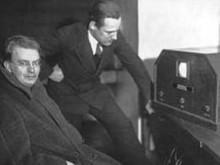 电视机行业发展近百年终于迎来变革!华为智慧屏让传统电视优势不再