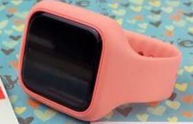 米兔儿童电话手表2开箱:前置摄像头,续航6天,支持宠物养成