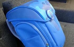 米兔儿童书包 图赏:外观设计Q萌可爱,3M立体反光防护警示条